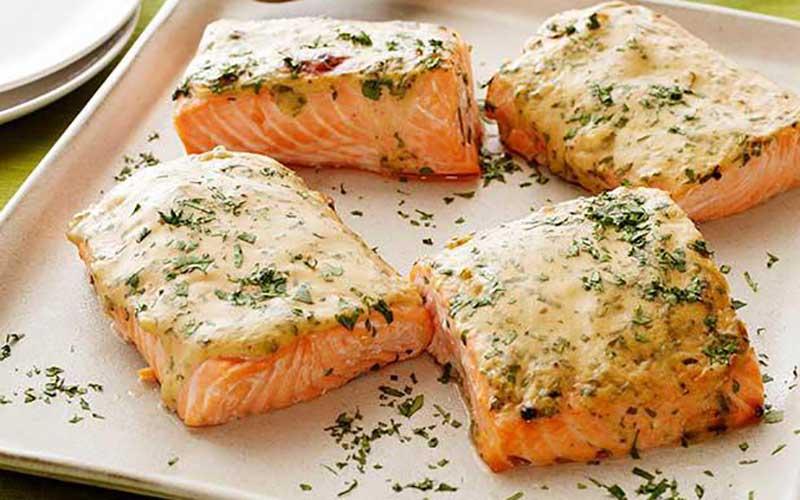 Запеченный лосось в кленовой глазури